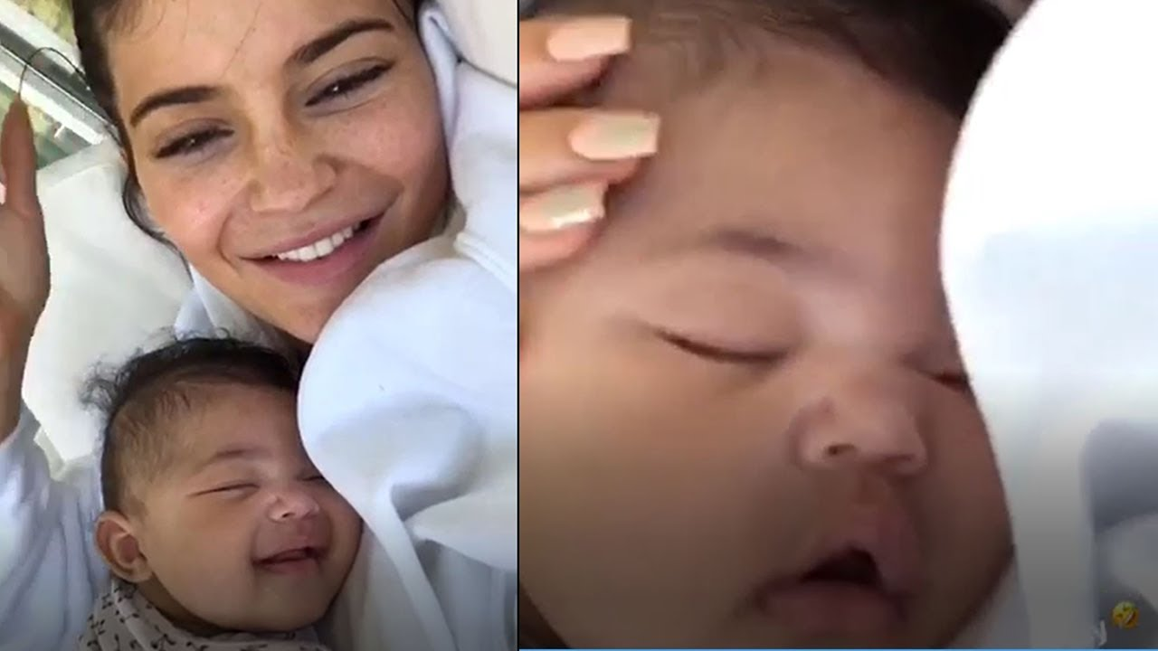 a4f86546f57a Kylie Jenner And Baby Stormi Take Over The Internet With THESE Posts ...