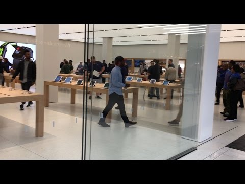 New Apple Store at Perimeter Mall