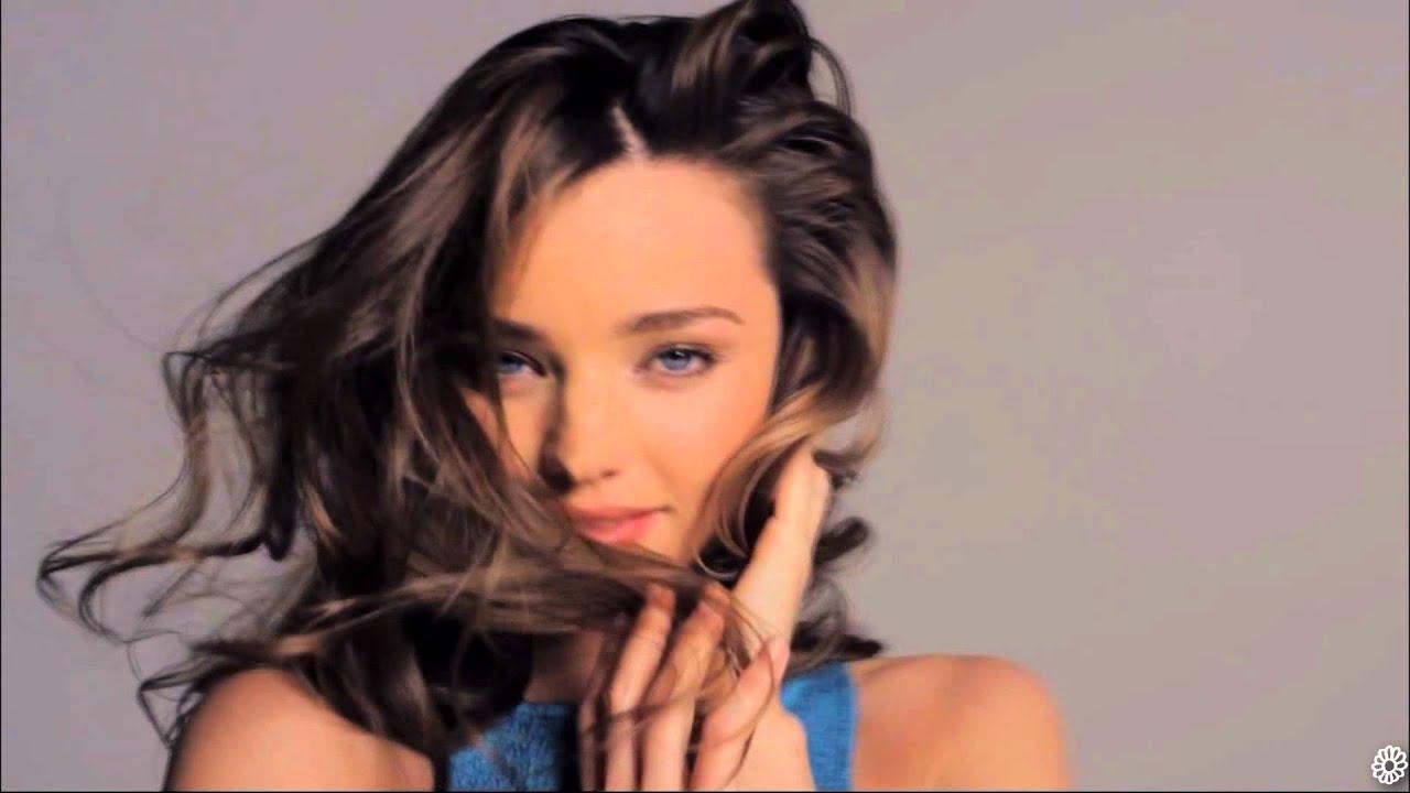 Miranda Kerr || Wake Me Up - YouTube - 84.0KB