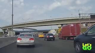 Самые нелепые аварии на дорогах! Подборка аварий которым можно было избежать!!