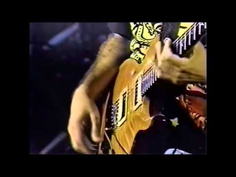 Santana - Black Magic Woman/Gypsy Queen/Oye Como Va Live In Santiago 1992