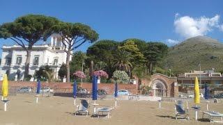 Стоиморсть шезлонгов на пляже в  регионе Лацио...giornata al mare 21-06-2015(Стоиморсть шезлонгов на пляже в регионе Лацио.Лето-море .Всем привет,очень рада приветствовать вас на моём..., 2015-06-21T19:05:11.000Z)