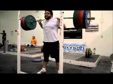 Max squats a bunch with 260kg