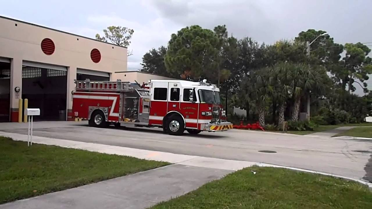 Palm Beach County Fire Rescue New Rescue 19 Responding