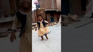 Super say be uper nanese cute drum girel ka dance