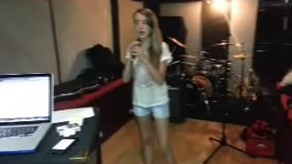 """SILVIA DEL RIO """"Como me gusta"""" (Cover)"""