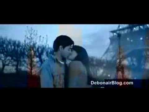 Ruslaan Mumtaz and Hazel Kissing From Mp3