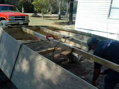building a well boat