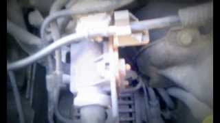 Citroen C3 (2002) 1.4 HDi engine ticking knocking noise