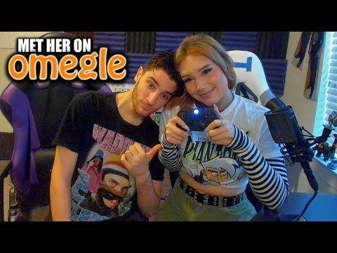 Teaching a girl from Omegle how to play Call of Duty