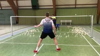 Single defence badminton training