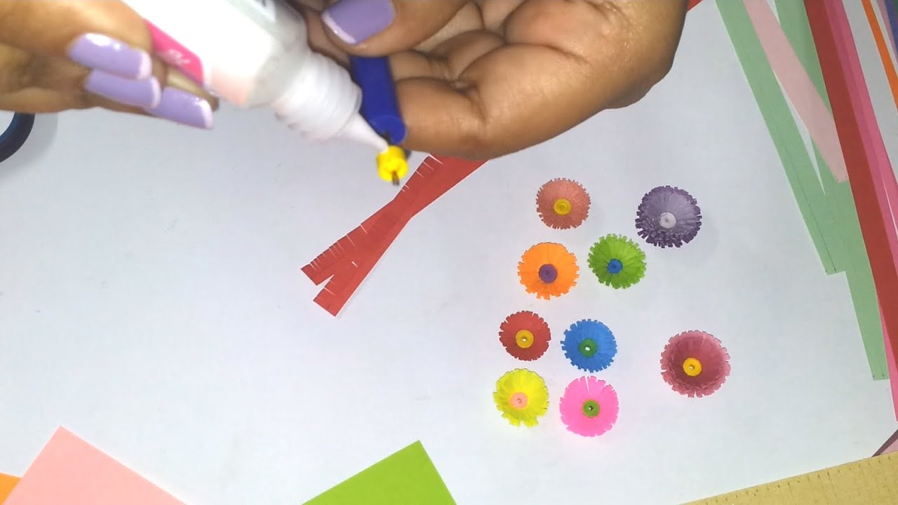 3 to make a quilled fringed flower youtube how to make a quilled fringed flower youtube dhlflorist Image collections