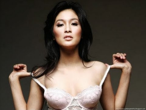 Sandra Dewi Hot Supermodel
