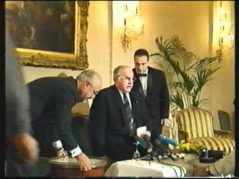 Helmut Kohl: Der entsetzliche Stuhl