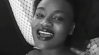 Chris brown fans singing short and sweet by sauti sol ft Nyashinski 😍😍😍 so amazing