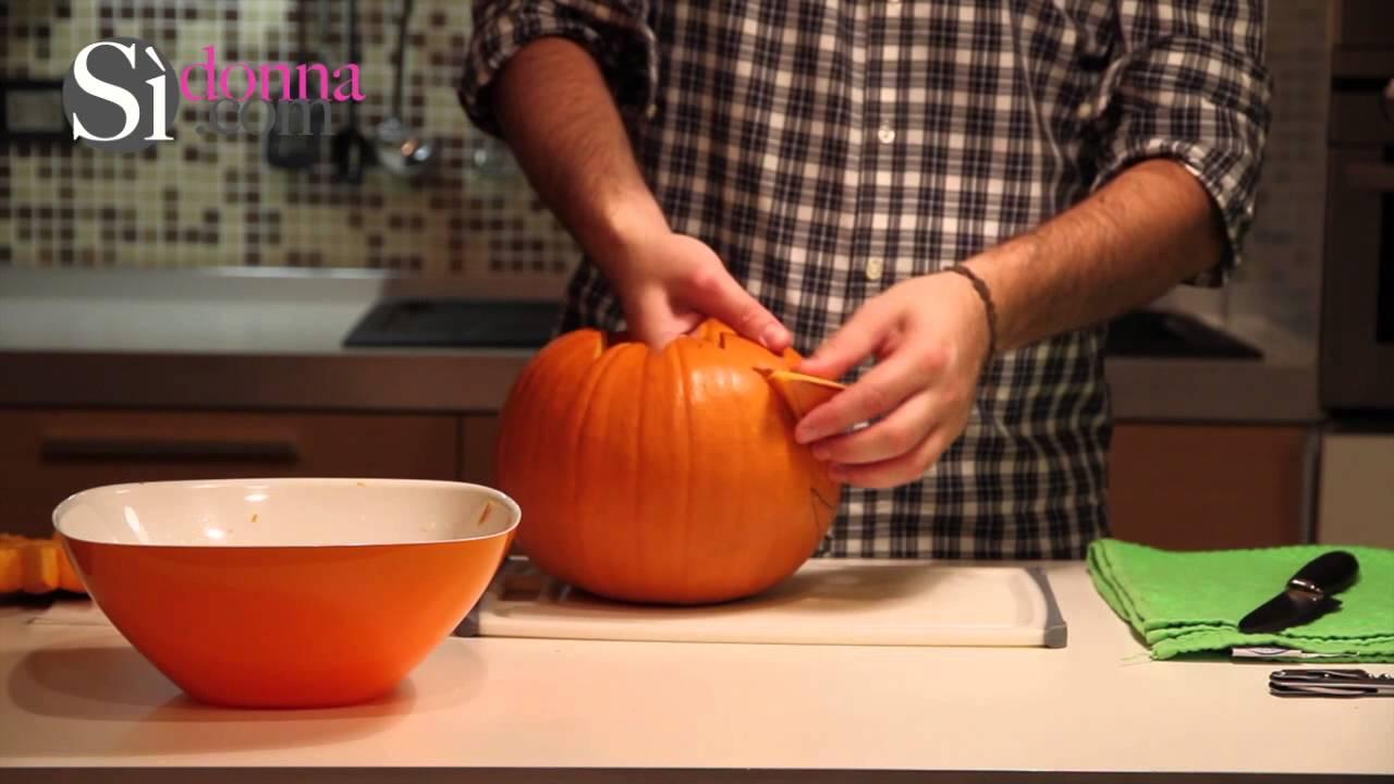 Essiccazione Zucca Di Halloween.Preparare La Tipica Lanterna Di Halloween Utilizzando Una Zucca Jack Lantern Zucca Di Halloween