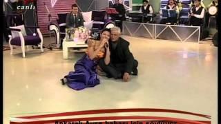 Ankaralı Ayşe Dincer - Bahcenize Bir Taş Attım Vişneye 2012