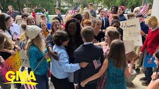 Teacher celebrates becoming US citizen with her 4th-grade students | GMA Digital