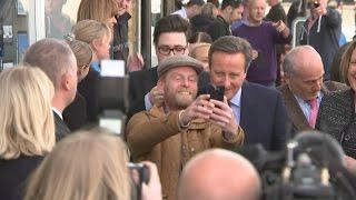 David Cameron told to F*** off back to Eton (ukelele version)