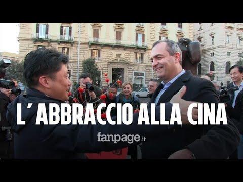 """Coronavirus, a Napoli flash mob in sostegno della comunità cinese.""""Grazie,l'umanità fa la differenza"""