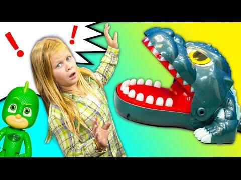 DINOSAUR TEETH GAME Paw Patrol and PJ Masks Play for Trolls Surprise Eggs