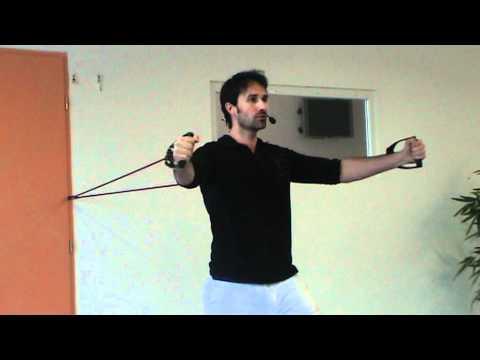 Cart bras debout avec lastique youtube for Elastique musculation