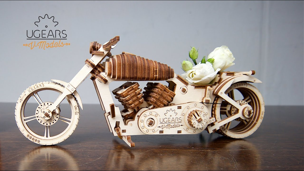 Ugears Bike VM-02: keep on modeling and motorcycling!