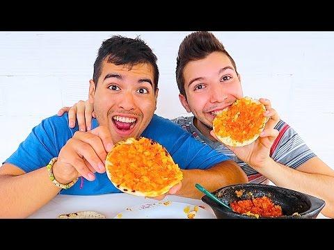 Delicious Latin Arepa • MUKBANG