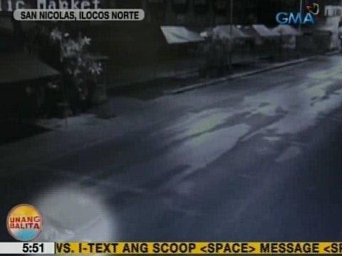 UB: Aso, nagpakita ng disiplina sa pagtawid sa kalsada sa San Nicolas, Ilocos Norte