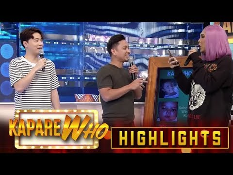 Jhong is surprised as he saw Vice using his phone   It's Showtime KapareWho