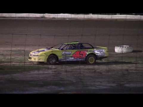 Hummingbird Speedway (5-20-17): Sunny 106.5 FM Pure Stock Feature