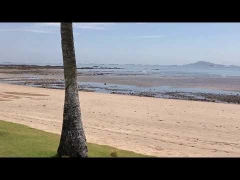The beach at Dreams Delight Hotel Panama playa Bonita