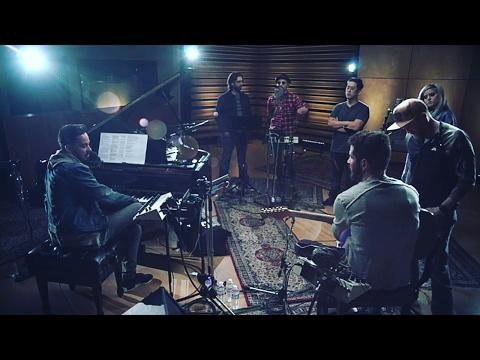 Linkin Park feat Kiiara – HeavyFacebook  Presentation