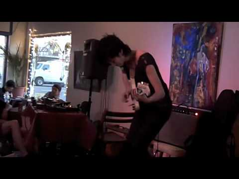 Nebraska Mondays: Ava Mendoza live at Luna's Cafe