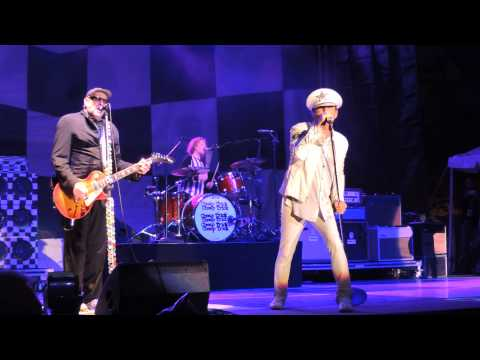 Cheap Trick 10 That 70's Song Live Erie, PA August 16, 2014 DSCN9899