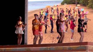 Teen Beach 2  That's How We Do   2 חוף מהסרטים
