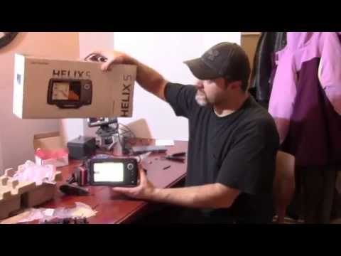 Humminbird Helix 5 Unboxing and Power Up
