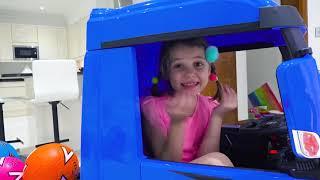 Катя и Макс построили новую машину