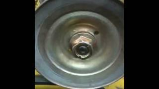 LAWN TRACTOR REPAIR: HOW TO REPLACE A RIDING MOWER SPINDLE