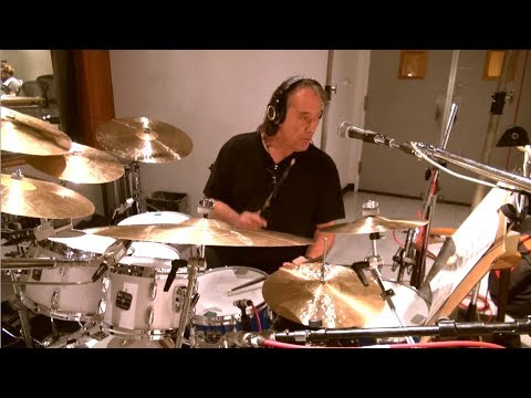 Brian Eisenberg Jazz Orchestra - Gift With Purchase (feat. Vinnie Colaiuta)