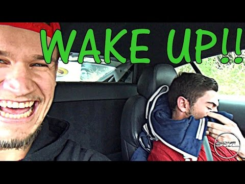 WAKE UP!!! Loud R8 Rev Wakes Up My Mate! - YouTube