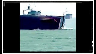 Singapore ship sank and capsized