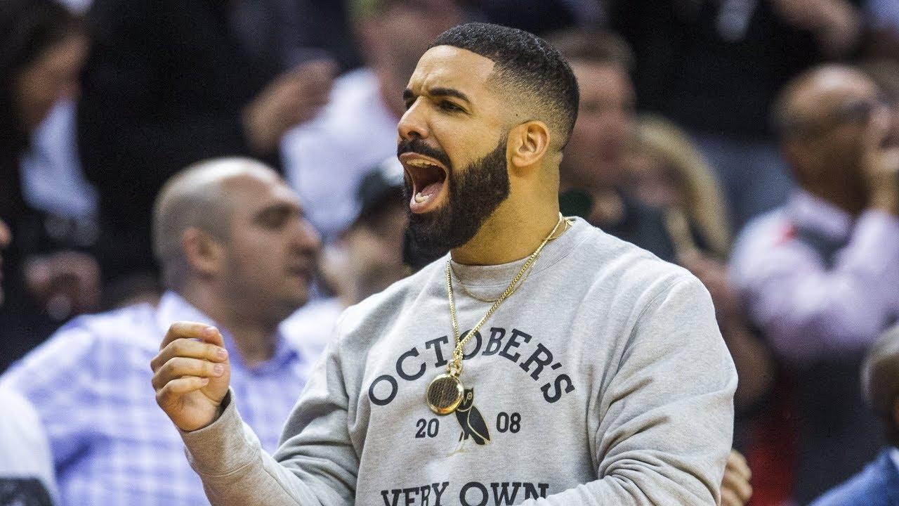 30434ce8a75 BRAUN: Raptors spend lotsa bling on Drake with custom diamond-studded jacket  | Toronto Sun