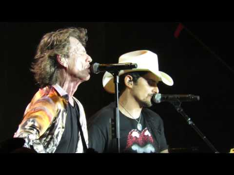 Rolling Stones - Dead Flowers with Brad Paisley   Nashville June 17 2015