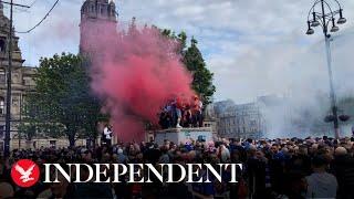 'Disgraceful' Rangers fans crowd in Glasgow square despite coronavirus warnings