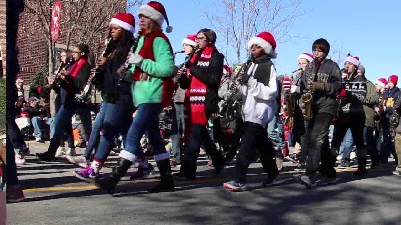 Holly Springs Christmas Parade 2020 Holly Springs Christmas Parade 2016   YouTube