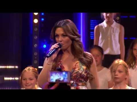 anne Royal - Belle Perez - Hello World