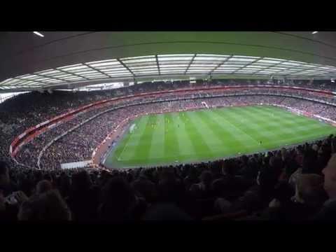 Crazy London - Arsenal stadium Brasil vs chile ...