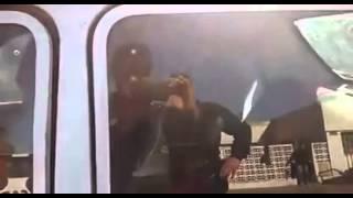 Video: Metió un caballo en el asiento trasero de su Renault 12