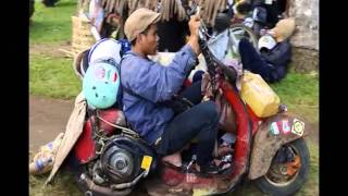 Sepeda Motor Termahal di Dunia VS Modifikasi Ekstrem Vespa di Indonesia